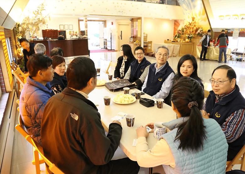 Scripture study at Tian-Jin Temple